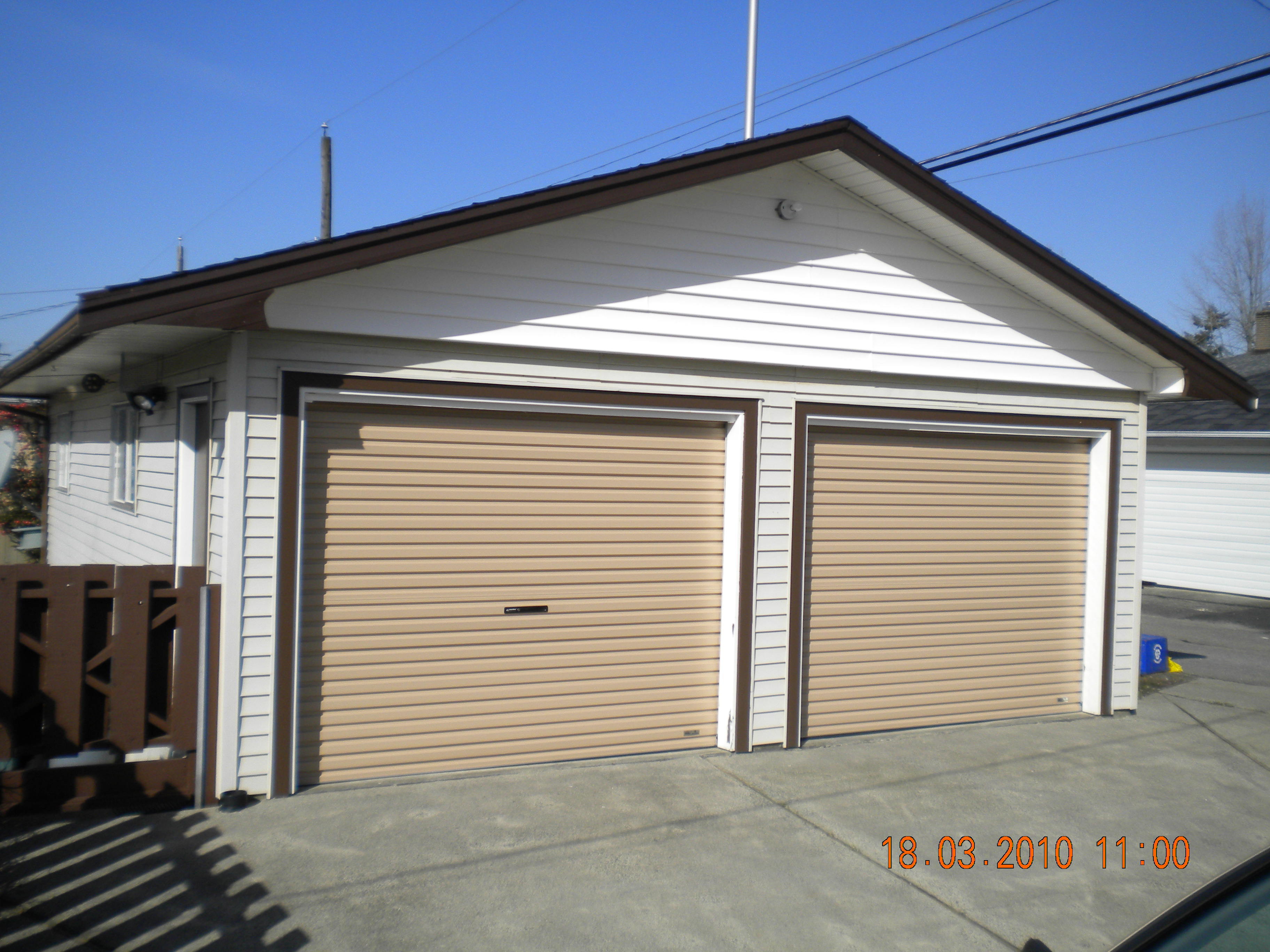 2736 #2856A3 Door We Believe In Giving You Up Front Pricing Need A New Garage Door pic Roll Up Residential Garage Doors 38513648