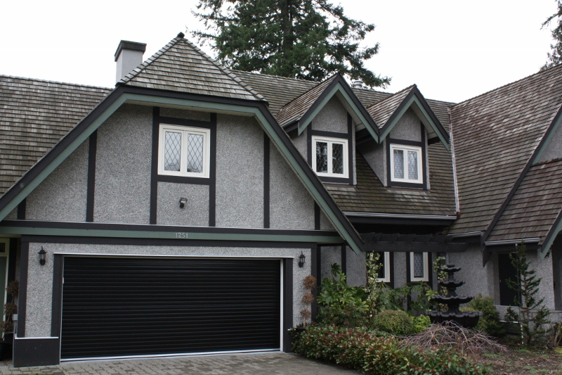 residential garage door vancouver