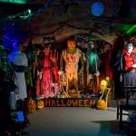 Halloween garage decorations