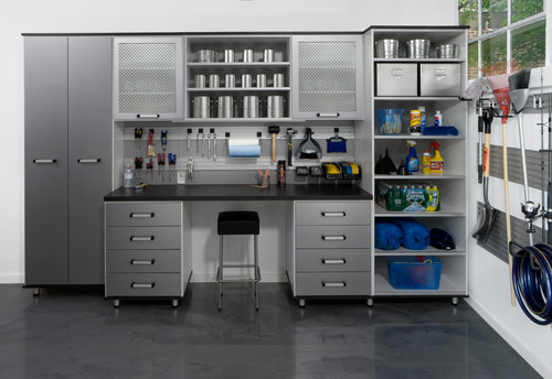 10 Tips to Help Organize your Garage