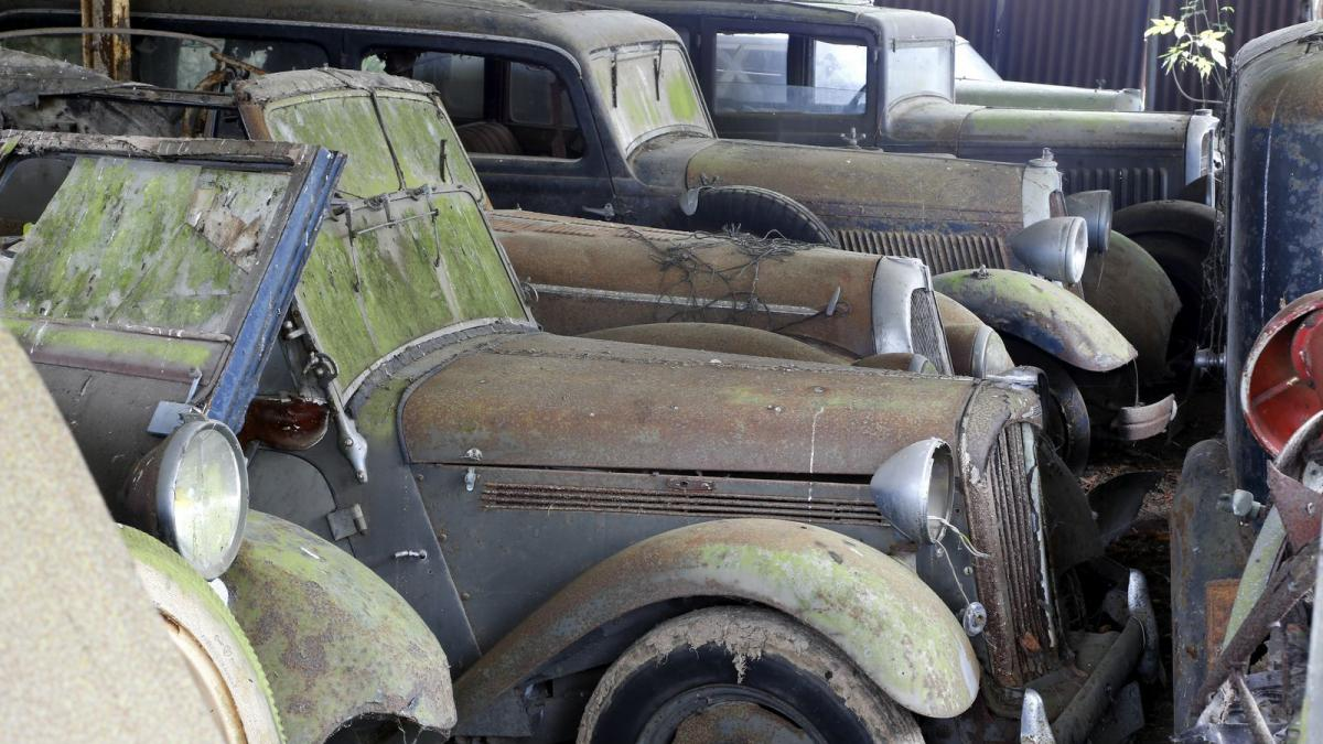 60 Rare Cars Unearthed From Dilapidated Barns Smart Garage