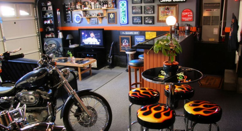 The Garage: The Ultimate Man Cave